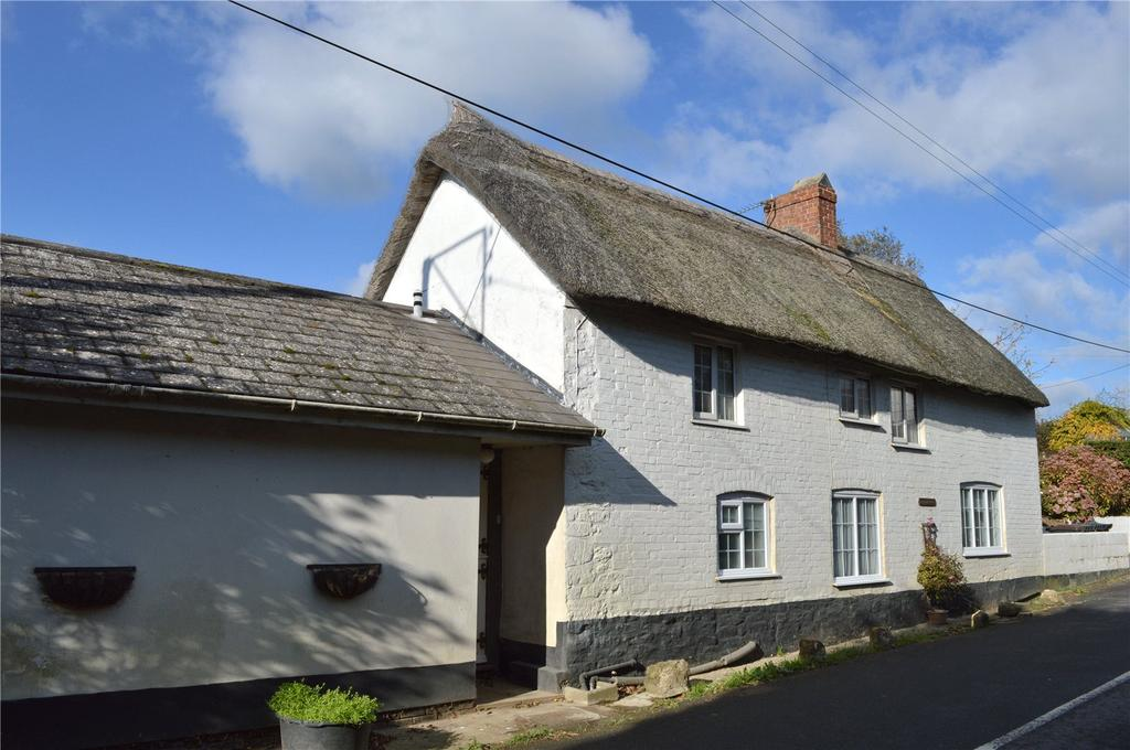 3 Bedrooms Detached House for sale in Salwayash, Bridport, Dorset