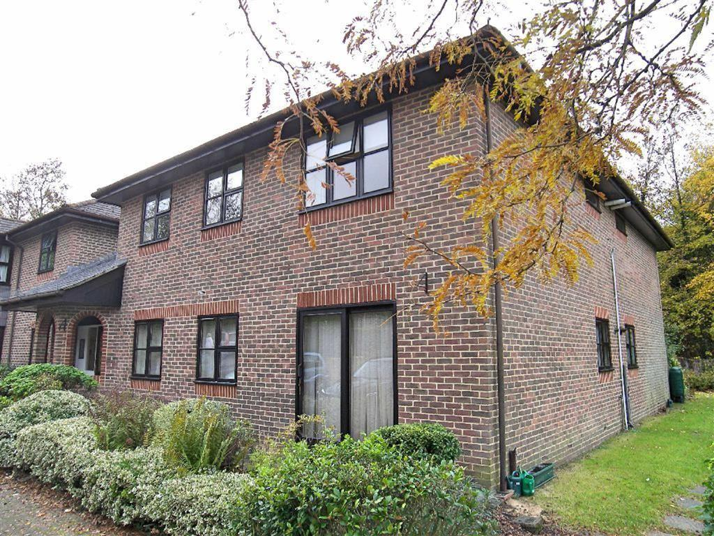 2 Bedrooms Retirement Property for sale in The Acorns, Sevenoaks, TN13