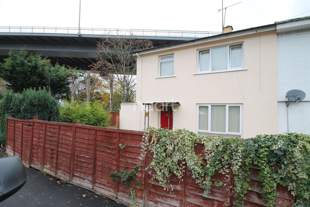 3 Bedrooms Semi Detached House for sale in West Town Road