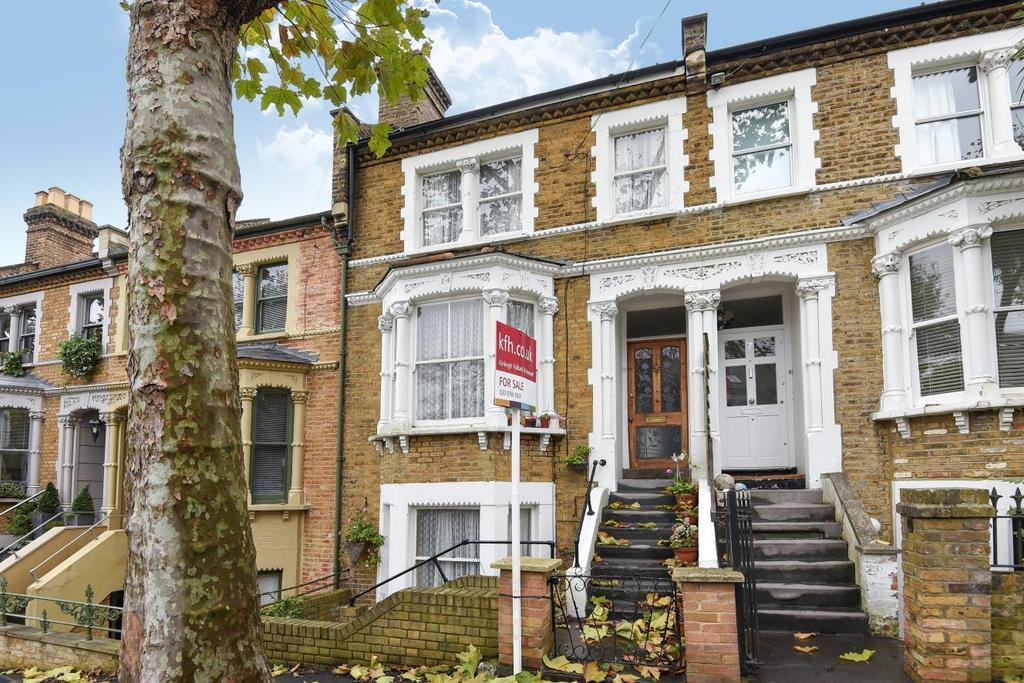 3 Bedrooms Terraced House for sale in Becondale Road, Crystal Palace, SE19