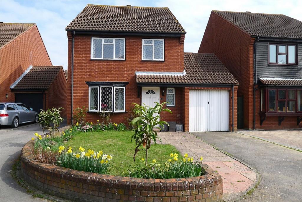 4 Bedrooms Detached House for sale in Saddlers Close, Baldock, Hertfordshire
