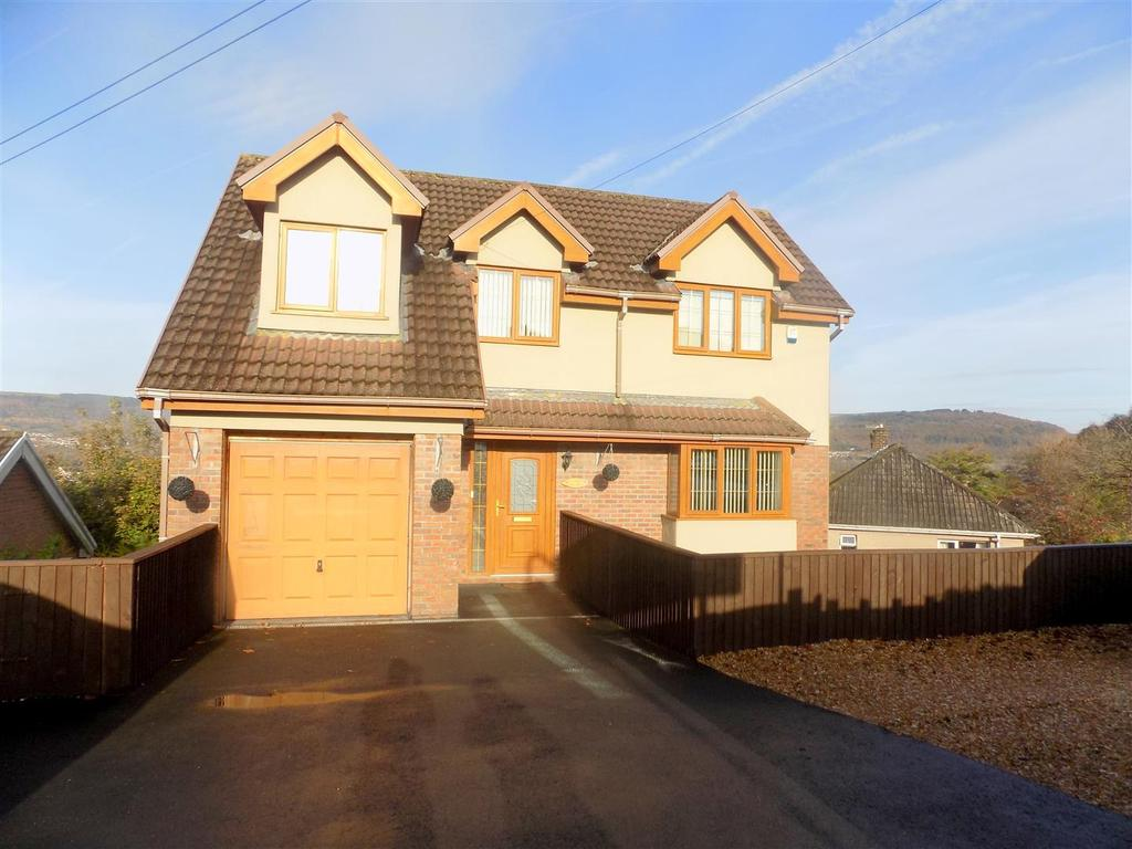 6 Bedrooms House for sale in Hillside, Neath