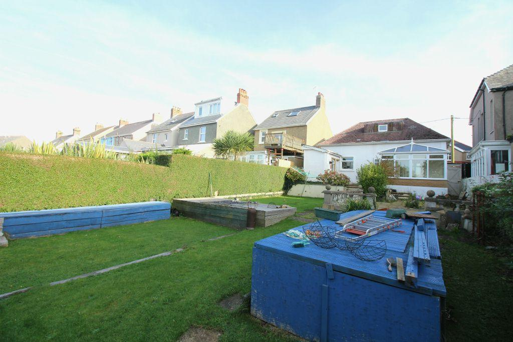 3 Bedrooms Detached House for sale in Priory Road, Milford Haven, SA73 2EA