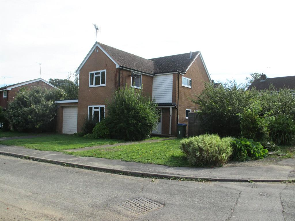 3 Bedrooms Detached House for rent in King Edward Close, Christs Hospital, Horsham, West Sussex, RH13