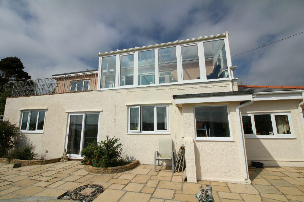 4 Bedrooms Detached House for sale in , Burton, Milford Haven, Pembrokeshire. SA73 1NX