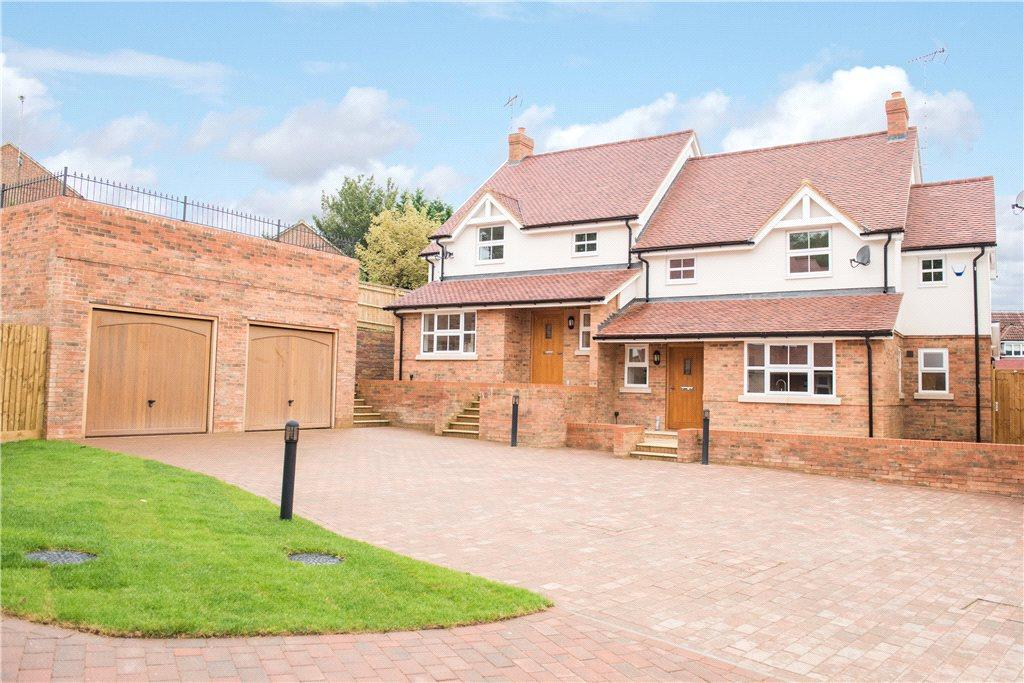 4 Bedrooms Semi Detached House for sale in Finchley House, The Sidings, Buckingham, Buckinghamshire