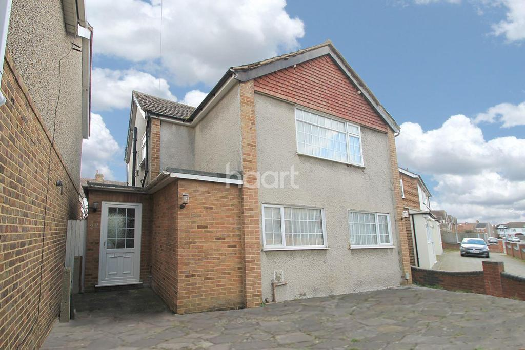 3 Bedrooms Detached House for sale in Wycombe Road
