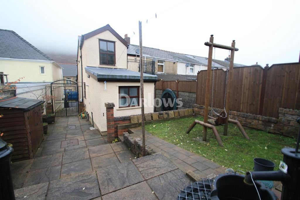 3 Bedrooms End Of Terrace House for sale in Abertillery Road, Blaina, Abertillery, Gwent