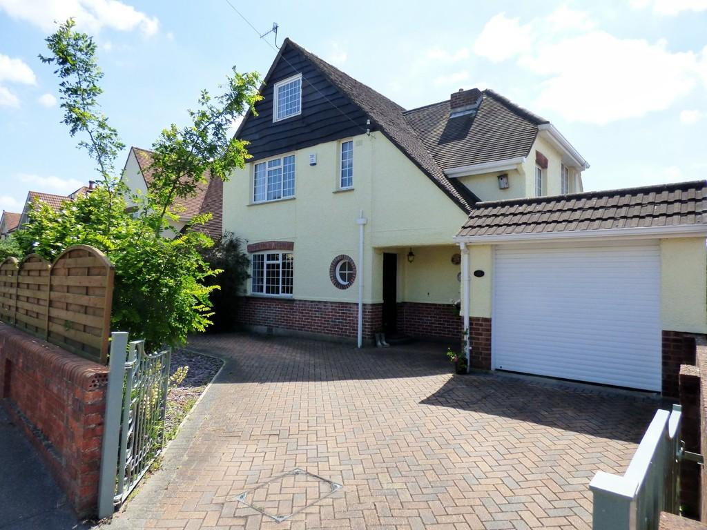 4 Bedrooms Detached House for sale in Churchfield Road