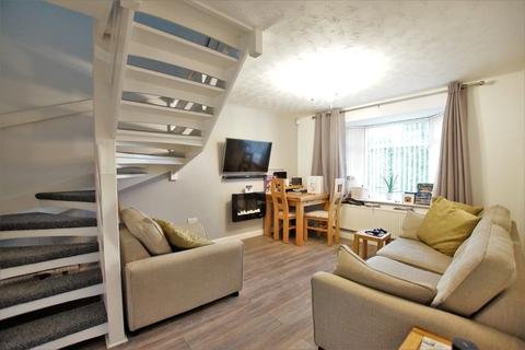 2 bedroom semi-detached house to rent - Beaufort Close, Lincoln