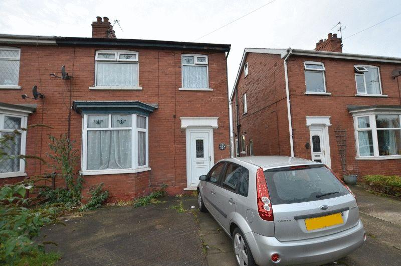 3 Bedrooms Semi Detached House for sale in Highfield Avenue, Scunthorpe