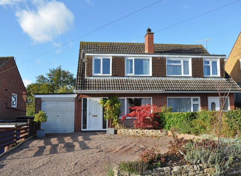 3 Bedrooms Semi Detached House for sale in Countess Wear