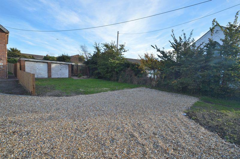 3 Bedrooms Land Commercial for sale in Colwell