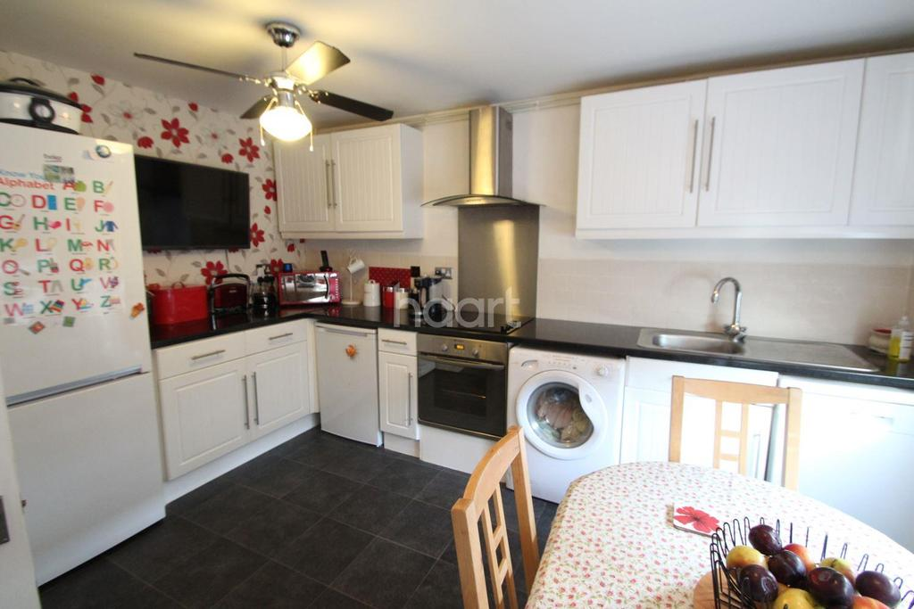 3 Bedrooms Terraced House for sale in The Maples