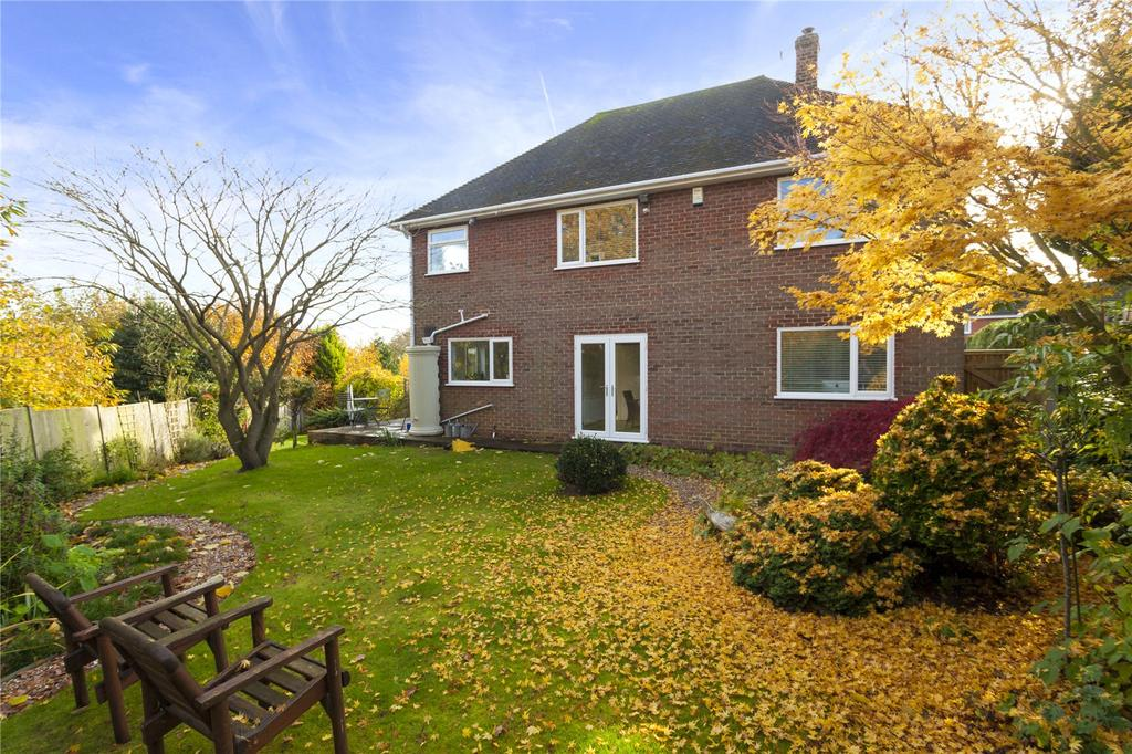 4 Bedrooms Detached House for sale in Moorfield, St Stephens, Canterbury, Kent