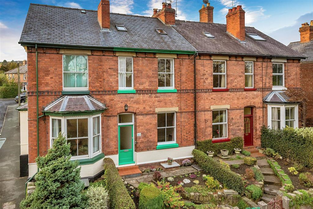 3 Bedrooms Terraced House for sale in Welsh Walls, Oswestry