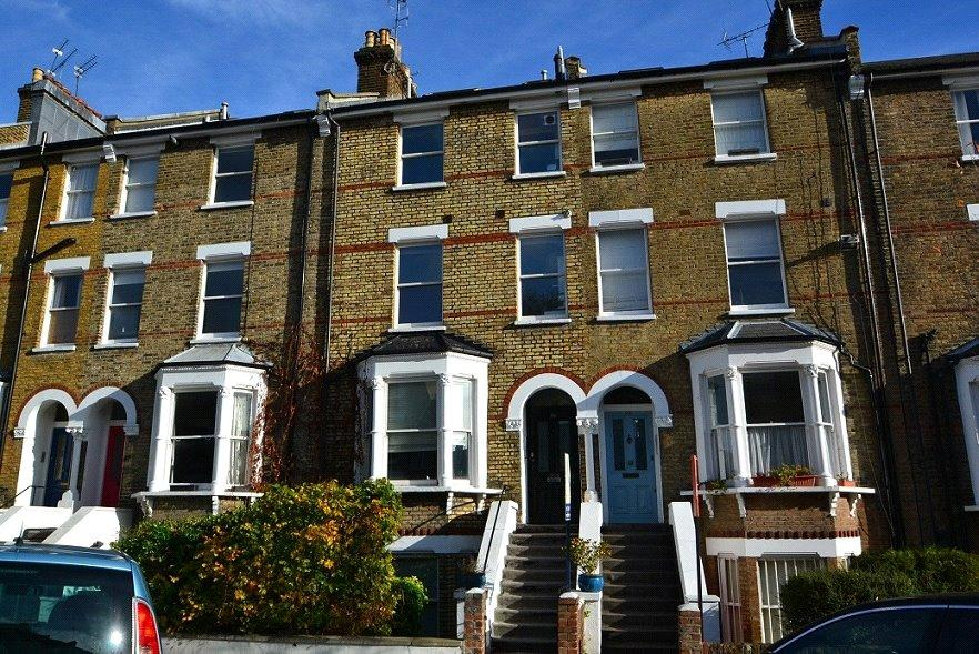 3 Bedrooms Flat for sale in Huddleston Road, Tufnell Park, London, N7