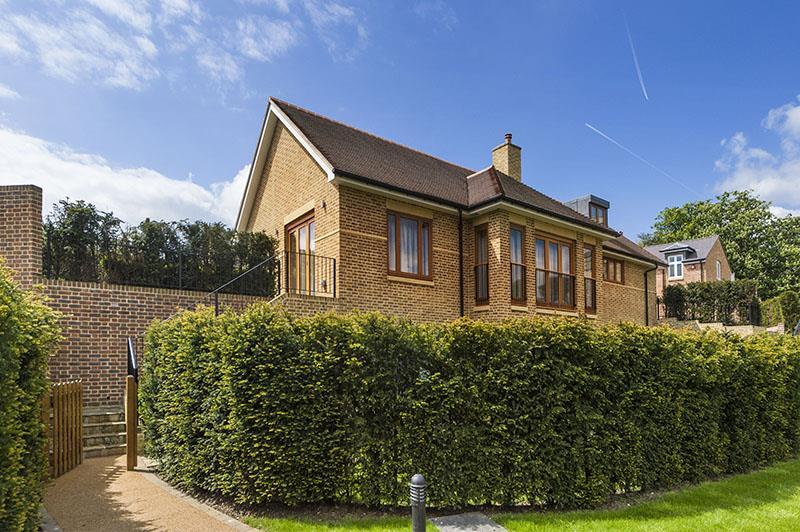 6 Bedrooms Detached House for sale in The Ridgeway, NW7