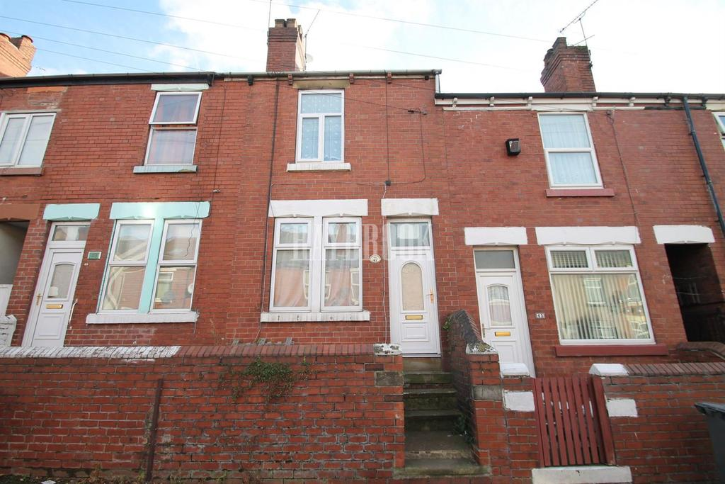 3 Bedrooms Terraced House for sale in St Stephens Road. Eastwood