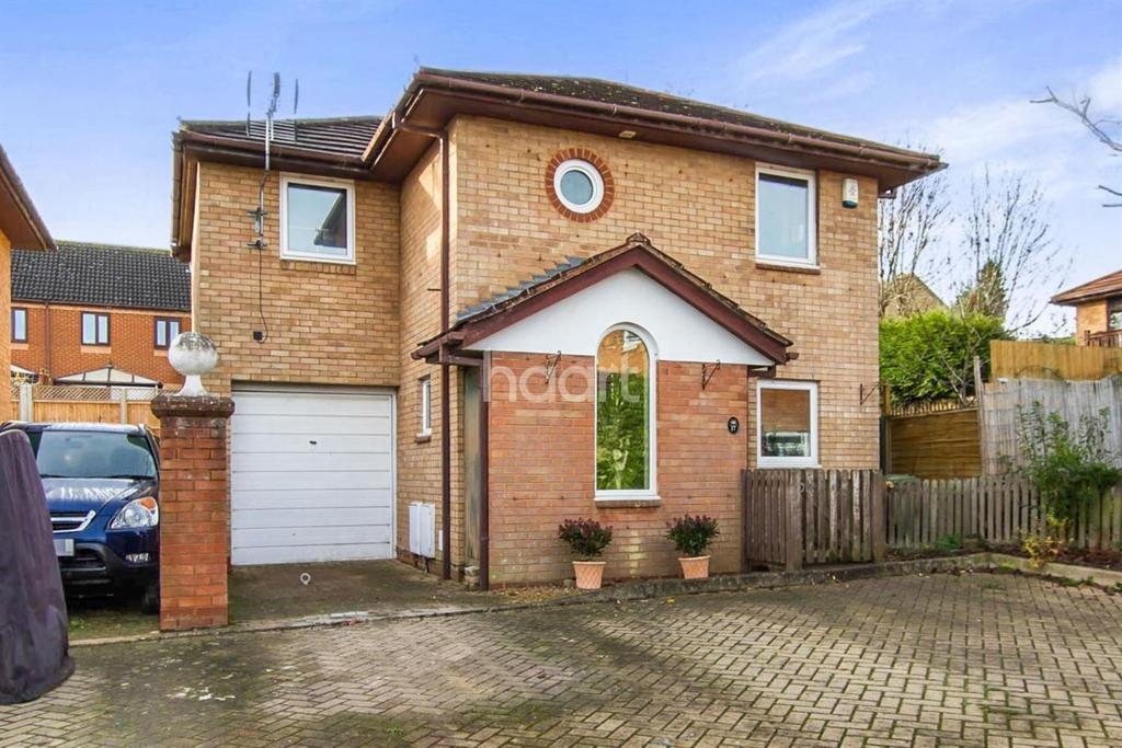 4 Bedrooms Detached House for sale in Crownhill