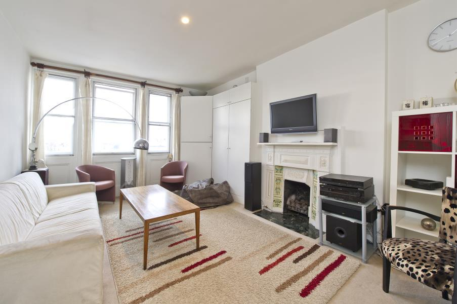 2 Bedrooms Flat for sale in Ladbroke Grove, Notting Hill W11