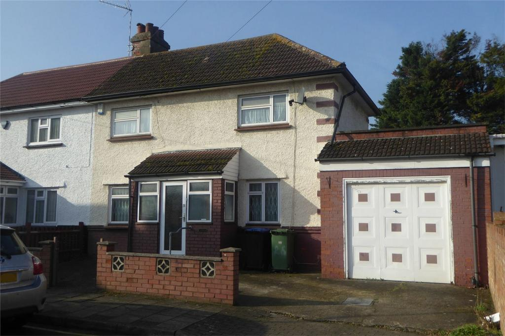 3 Bedrooms Semi Detached House for sale in The Close, Wembley, Greater London