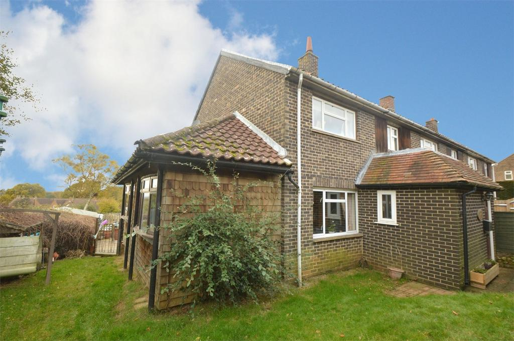 4 Bedrooms End Of Terrace House for sale in Parsonage Estate, ROGATE, PETERSFIELD, West Sussex