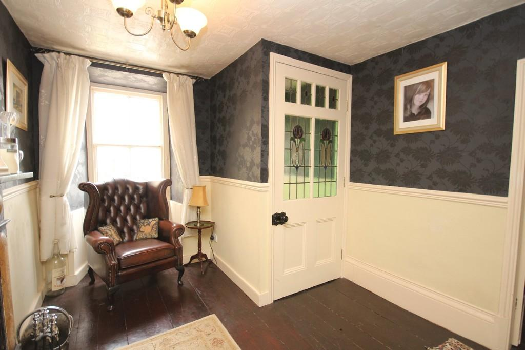 3 Bedrooms Terraced House for sale in Market Place, Dalton-In-Furness
