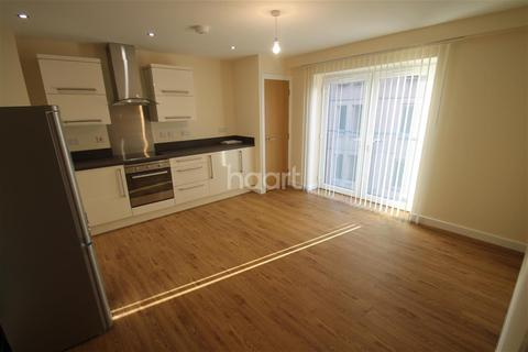 3 bedroom flat to rent - Crecy Court, close to Lee Circle