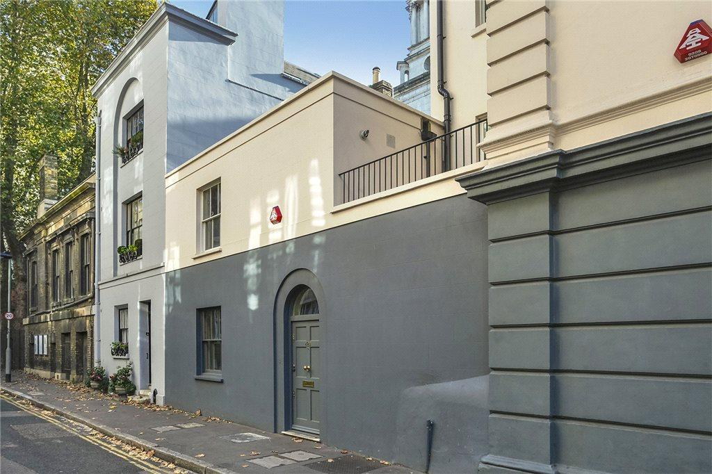 1 Bedroom Flat for sale in Museum Street, London, WC1A