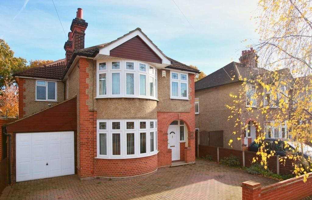 5 Bedrooms Detached House for sale in Westbury Road, Ipswich, Suffolk