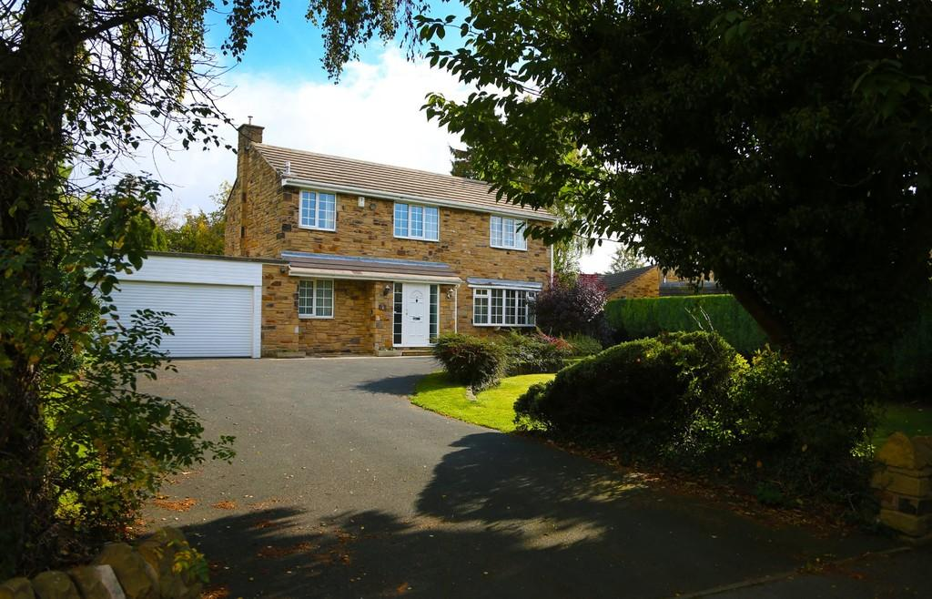 4 Bedrooms Detached House for sale in Manor Garth, Ledsham, South Milford