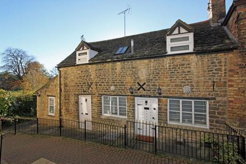 2 bedroom cottage to rent - Olde Barn Passage, Stamford