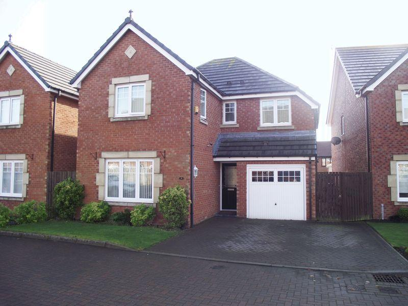 4 Bedrooms Detached House for sale in Mowbray Court, Stakeford, Four Bedroom Detached House