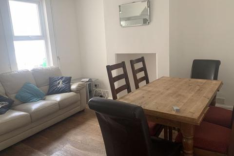 5 bedroom property to rent - Triangle West, Bath
