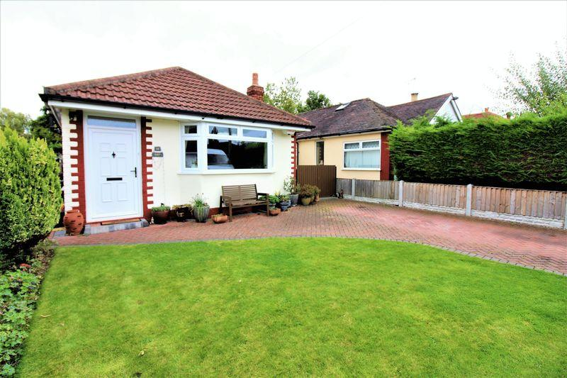 2 Bedrooms Detached Bungalow for sale in Oakfield Avenue, Upton, Chester