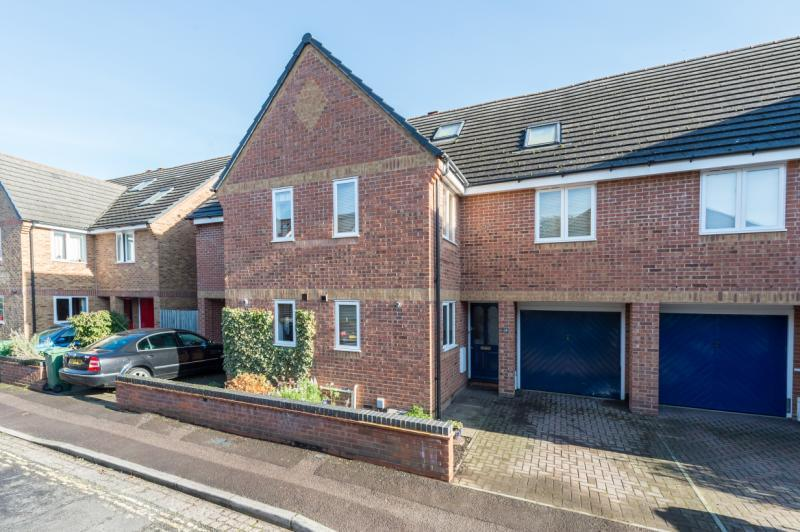 5 Bedrooms Terraced House for sale in Riverside Road, Oxford