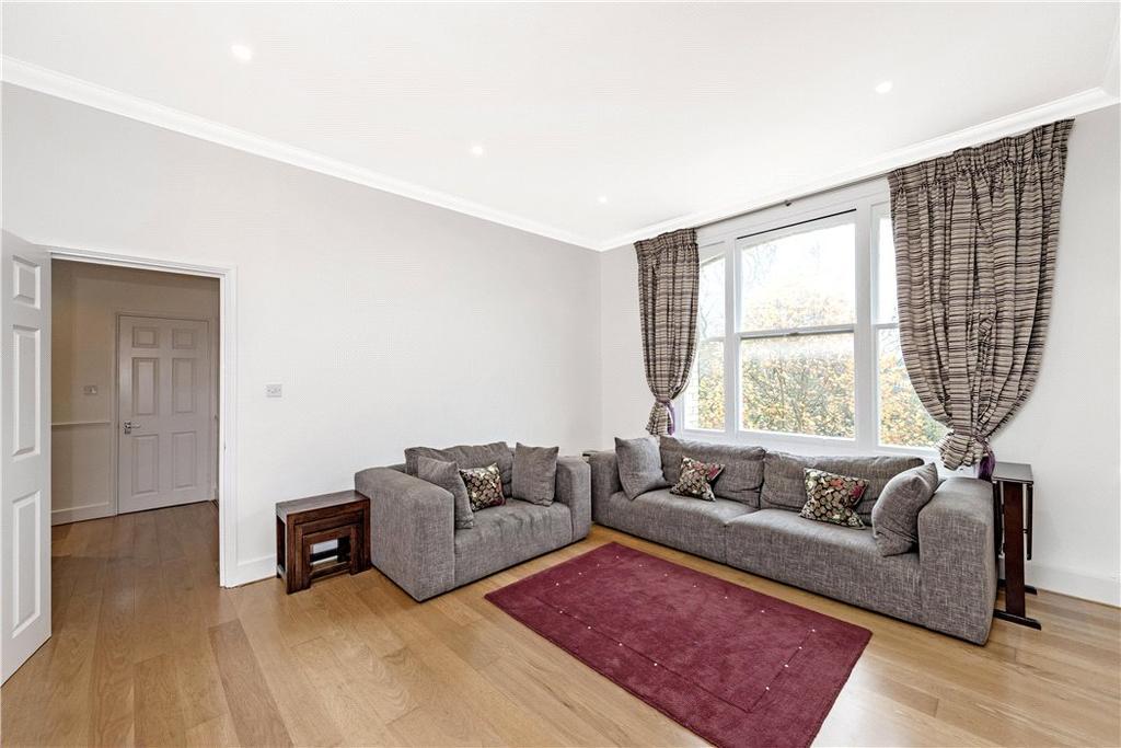 3 Bedrooms Flat for sale in Elm Park Gardens, Chelsea, London, SW10