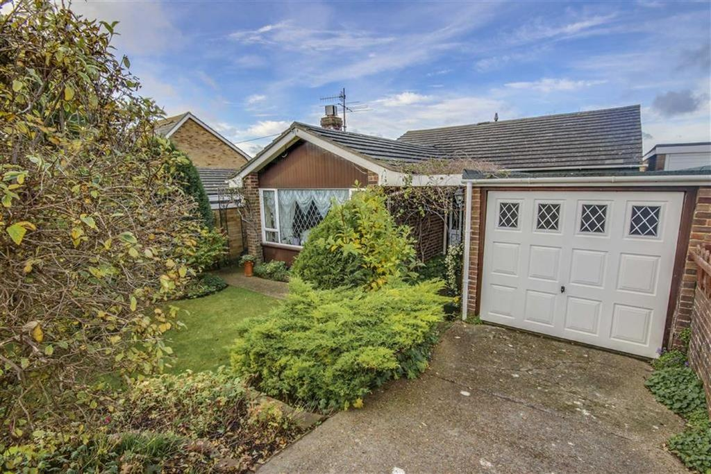 3 Bedrooms Detached Bungalow for sale in Wellington Road, Denton, Newhaven