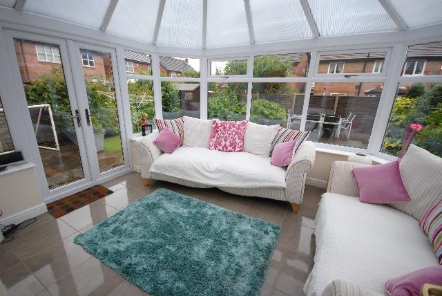 3 Bedrooms Detached House for sale in Buckland Drive, Orrell