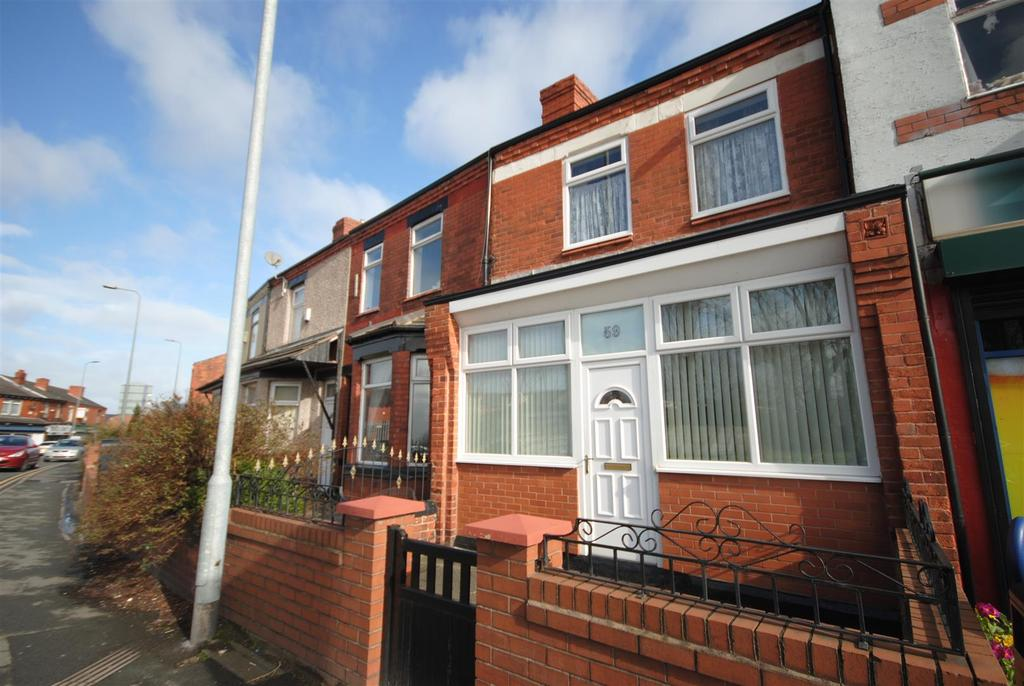 3 Bedrooms Terraced House for sale in Warrington Road, Abram, Wigan.