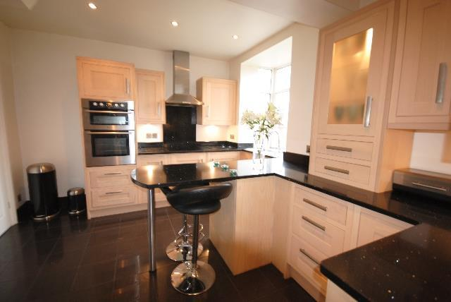 3 Bedrooms Semi Detached House for sale in Spencer Road, Whitley