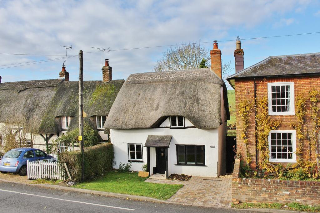 2 Bedrooms Cottage House for sale in KINGS SOMBORNE