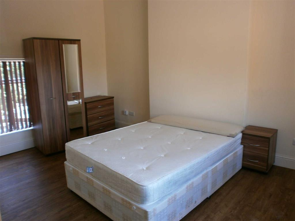 4 Bedrooms Duplex Flat