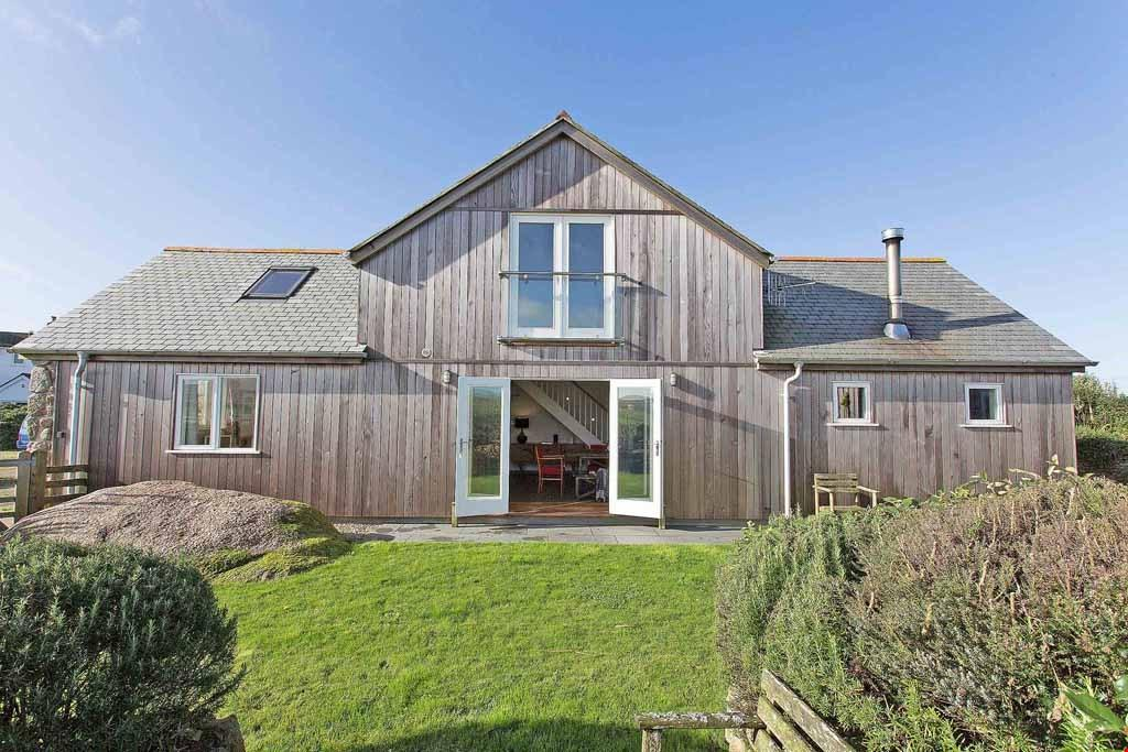 2 Bedrooms Semi Detached House for sale in Gwenver, Nr. Sennen Cove, Penzance, Cornwall , TR19