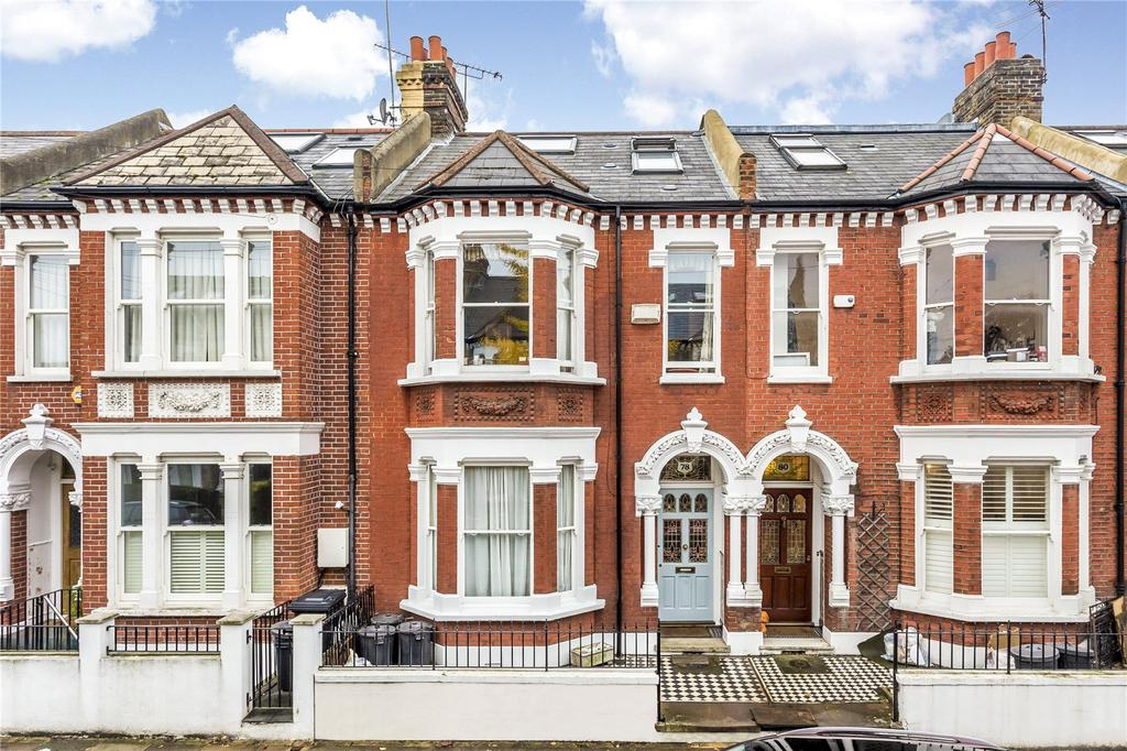 5 Bedrooms Terraced House for sale in Wroughton Road, London, SW11