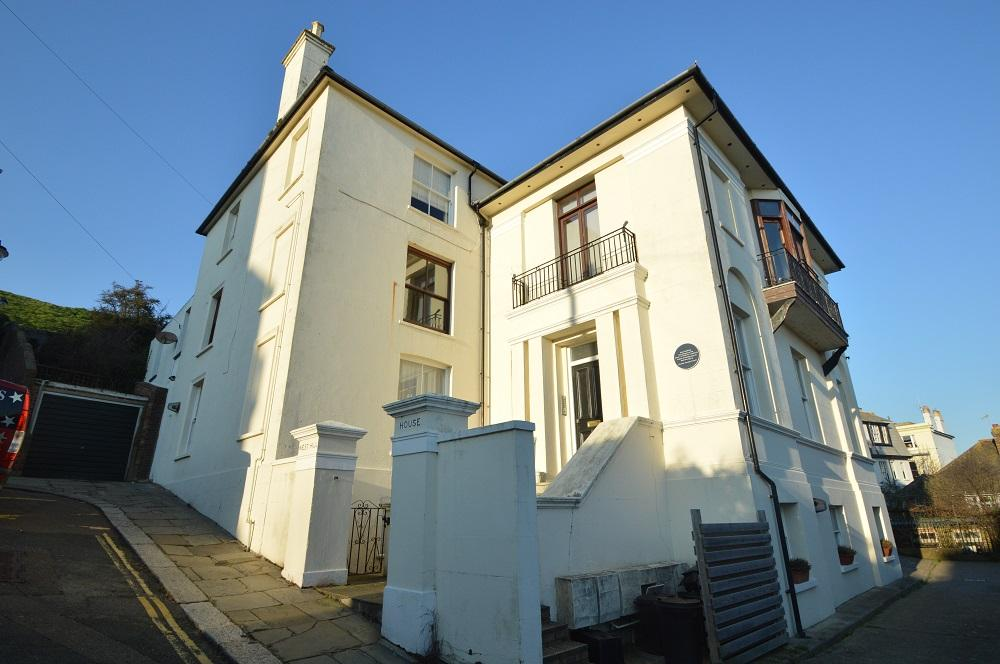 1 Bedroom Flat for sale in Exmouth Place, Hastings TN34