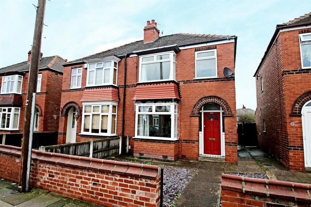3 Bedrooms Semi Detached House for sale in Wentworth Road, Wheatley, Doncaster