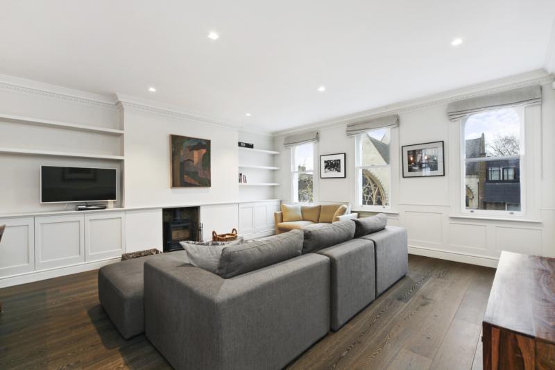 2 Bedrooms Flat for sale in Powis Gardens, London, W11