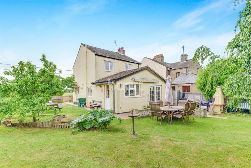 3 Bedrooms Detached House for sale in Barrington Road, Shepreth